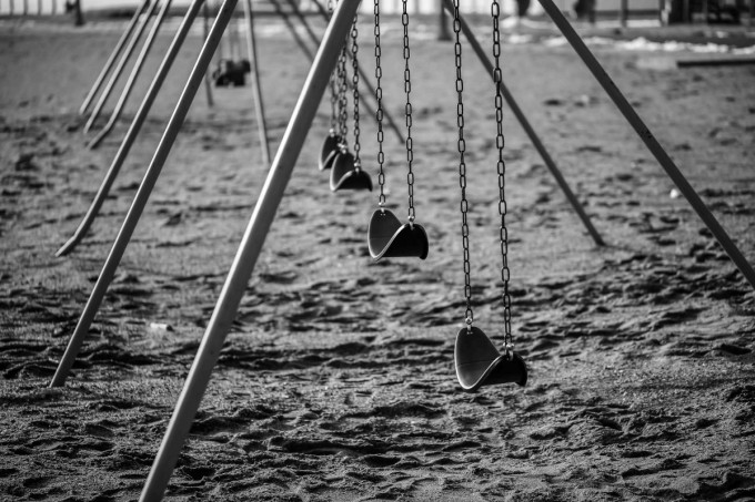 to swing, or not to swing…